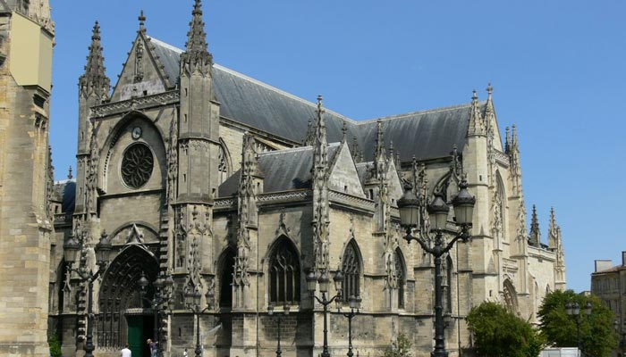 Bascillica Of Saint Michael - Irish Rugby Tours to France