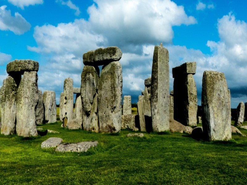 Stonehenge Standing Stones - Irish Rugby Tours, Rugby Tours To The West Country