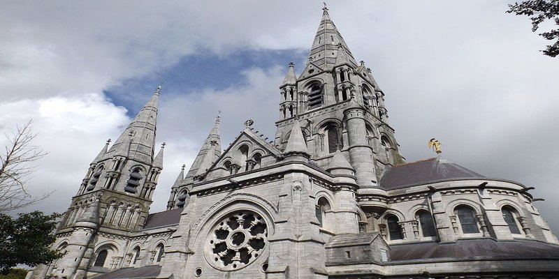 Saint Fin Barre's Cathedral - Irish Rugby Tours, Rugby Tours To Cork