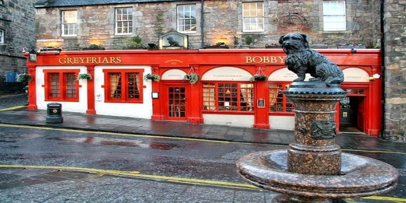 Greyfriars Bobby - Electric Edinburg, Irish Rugby Tours, Rugby Tours To Edinburgh