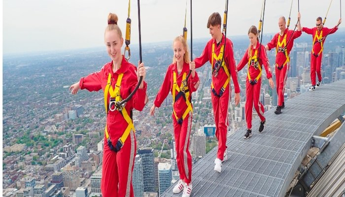 CN Tower EdgeWalk - Rugby Tours To Toronto, Irish Rugby Tours