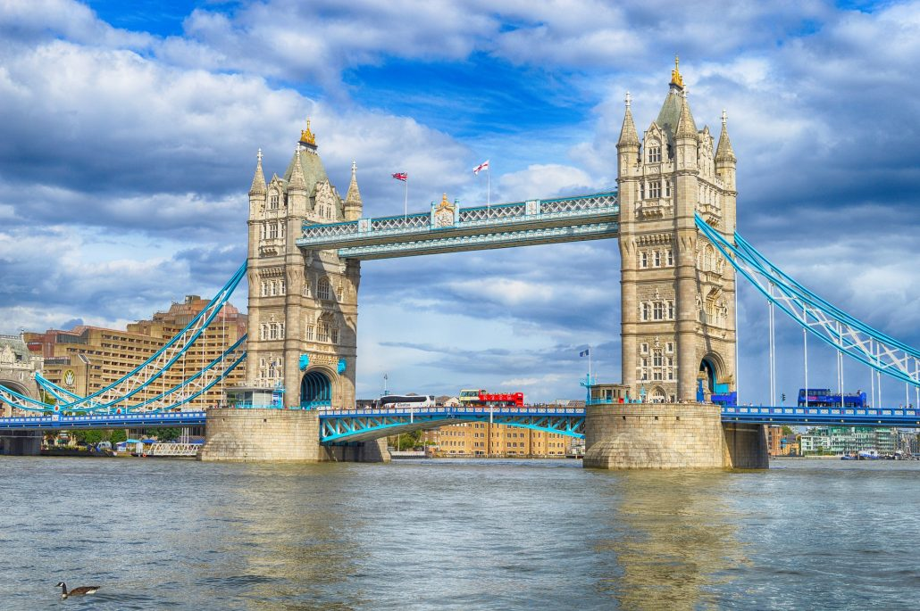Tower Bridge in London - Tour with Irish Rugby Tours